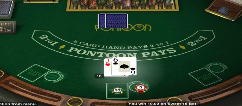 Pontoon blackjack table